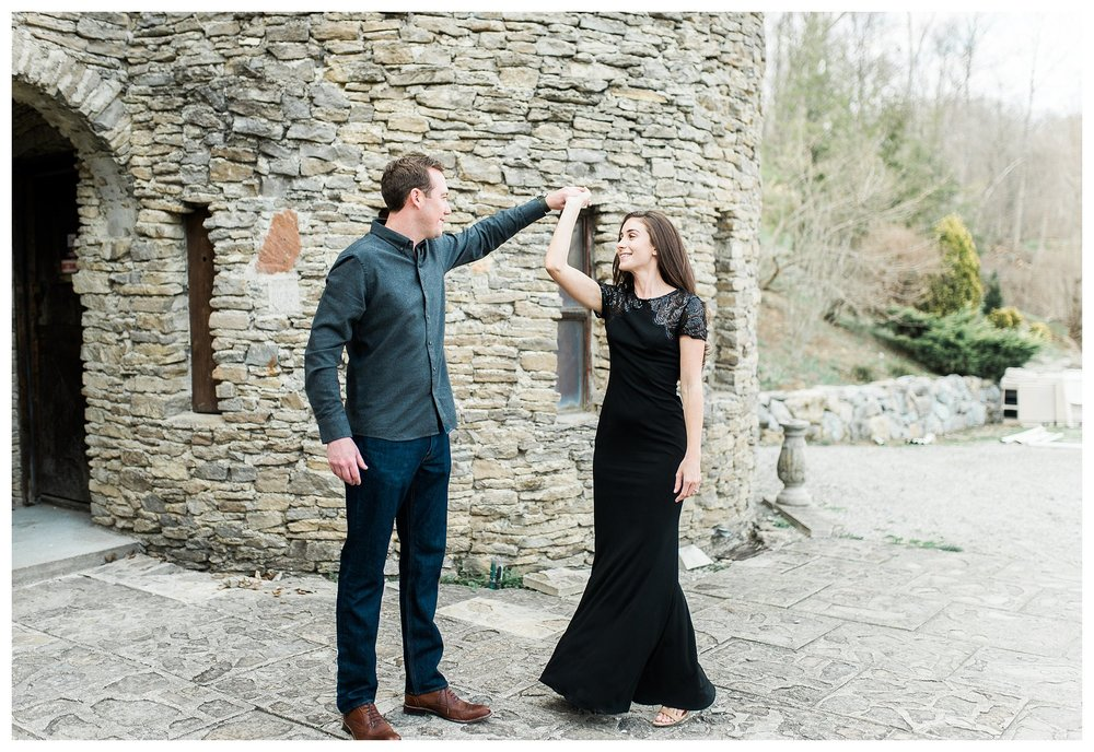 everleigh-photography-cincinnati-wedding-photographer-loveland-castle-cincinnati-engagement-photographer-16