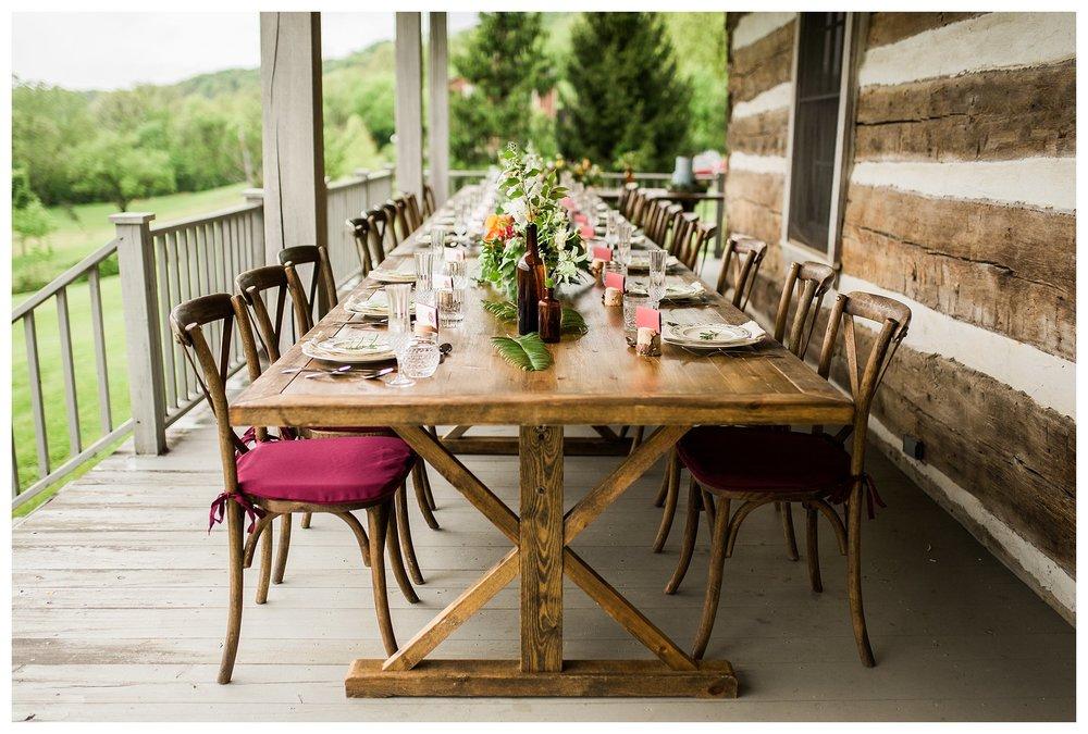 everleigh-photography-northern-kentucky-wedding-photographer-rustic-cabin-wedding-cincinnati-wedding-photographer-wedding-photo-inspiration-wedding-decor-inspiration-06