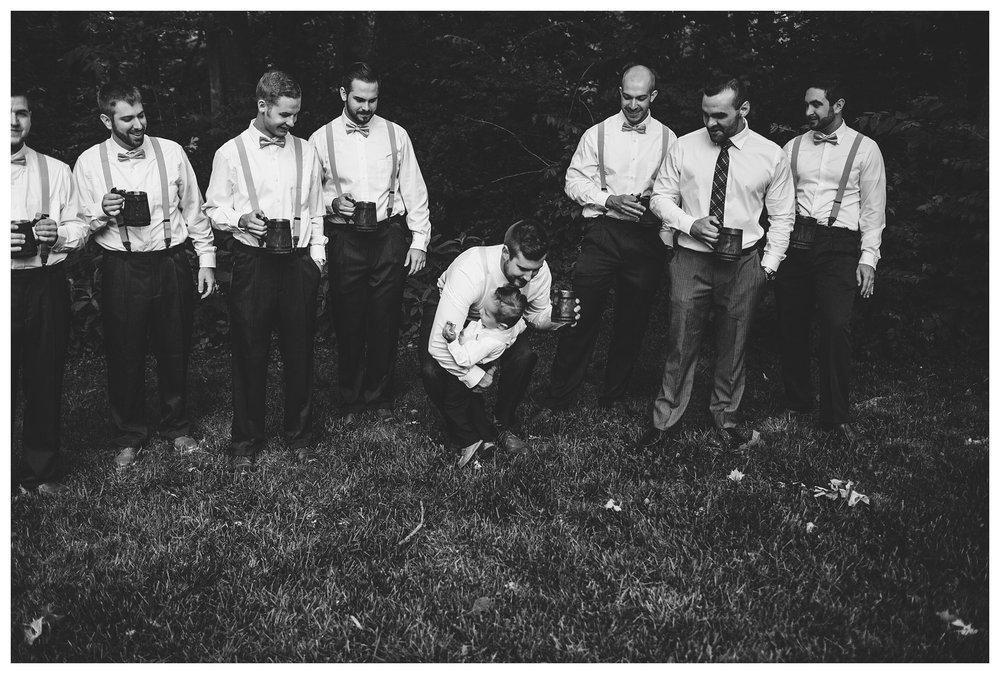 everleigh-photography-cincinnati-wedding-photographer-1913-heartland-barn-northern-kentucky-weddiing-photographer-amanda-and-chris-15