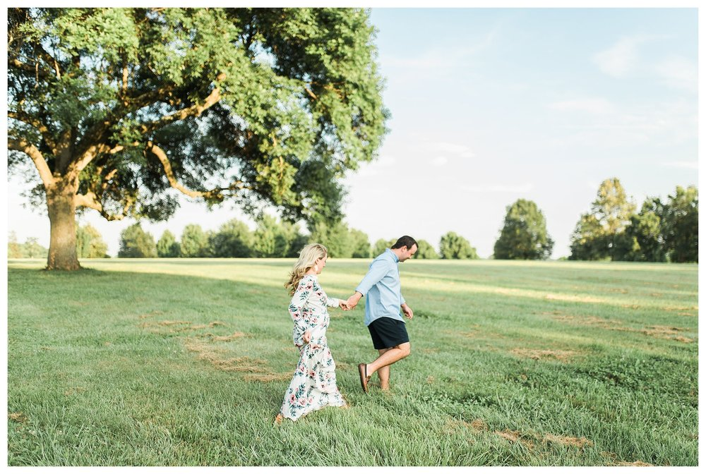 keenland-engagement-shoot-everleigh-photography-UK-engagement-shoot-lexington-engagement-shoot-kentucky-engagement-photographer-katie-and-ryan-13