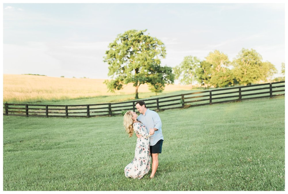 keenland-engagement-shoot-everleigh-photography-UK-engagement-shoot-lexington-engagement-shoot-kentucky-engagement-photographer-katie-and-ryan-17