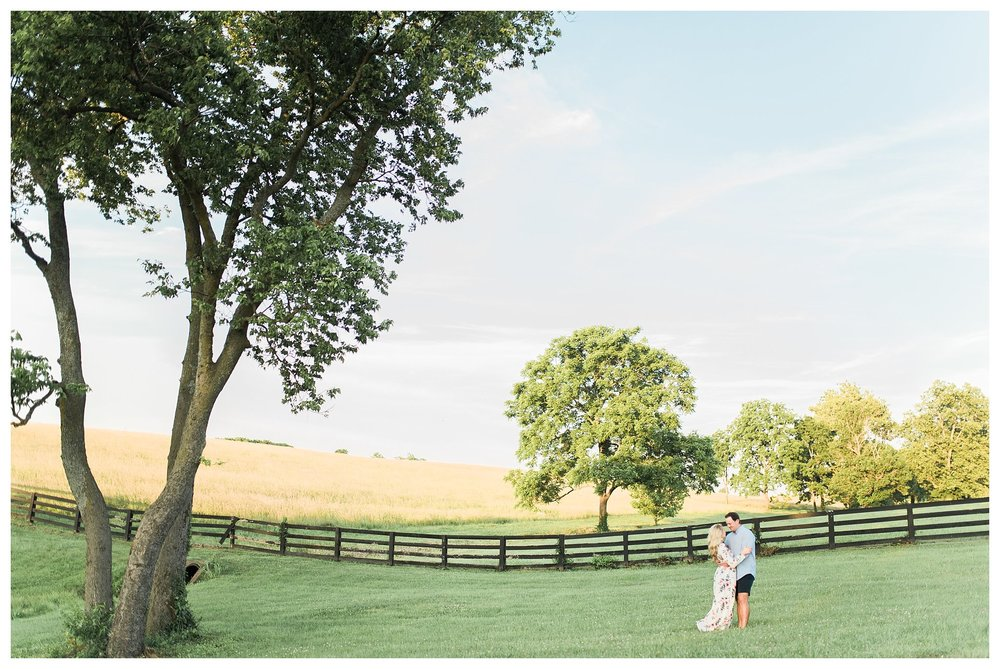 keenland-engagement-shoot-everleigh-photography-UK-engagement-shoot-lexington-engagement-shoot-kentucky-engagement-photographer-katie-and-ryan-19