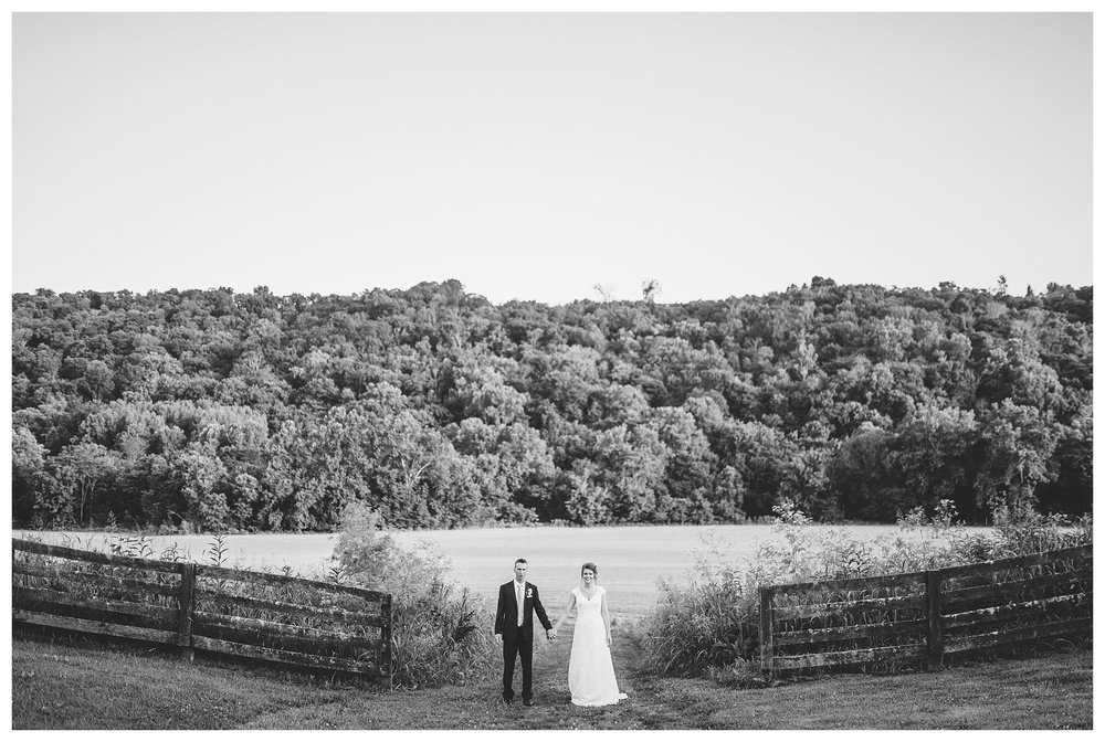 richwood-on-the-river-everleigh-photography-roby-and-tabitha-foree-wedding-84
