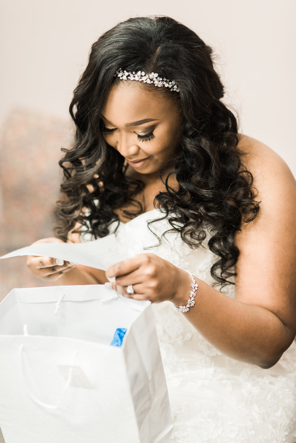 ashley-and-bryon-cincinnati-wedding-photographer-the-knot-feature-02