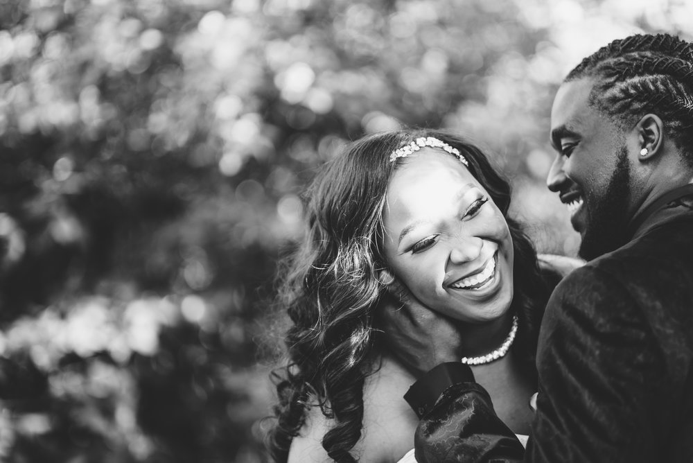 ashley-and-bryon-cincinnati-wedding-photographer-the-knot-feature-25