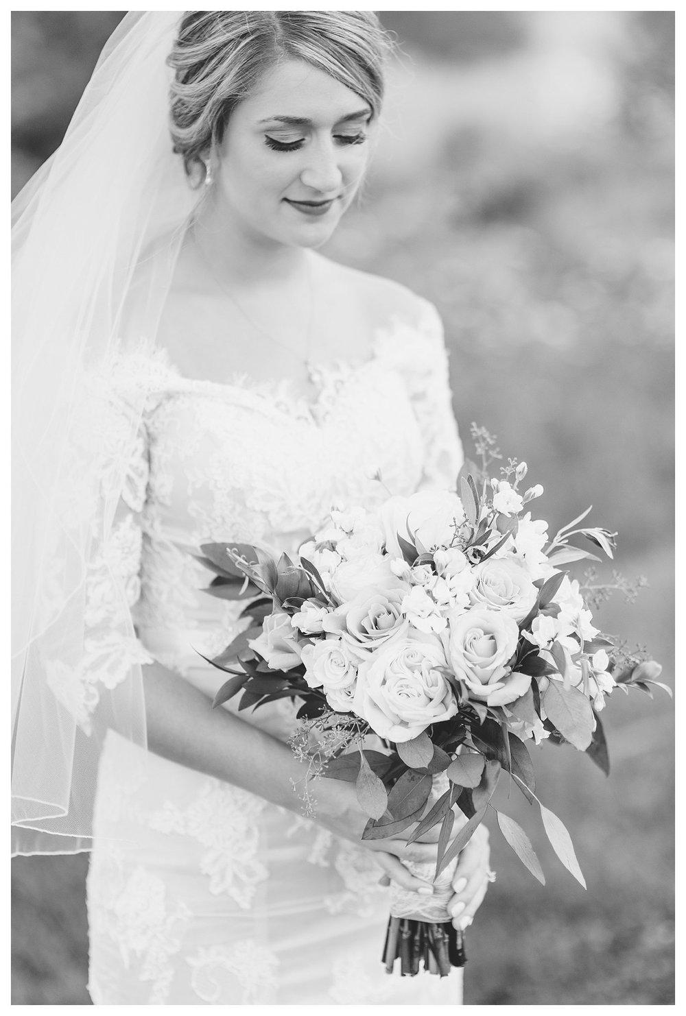 tower-park-mess-hall-everleigh-photography-northern-kentucky-wedding-photographer-16