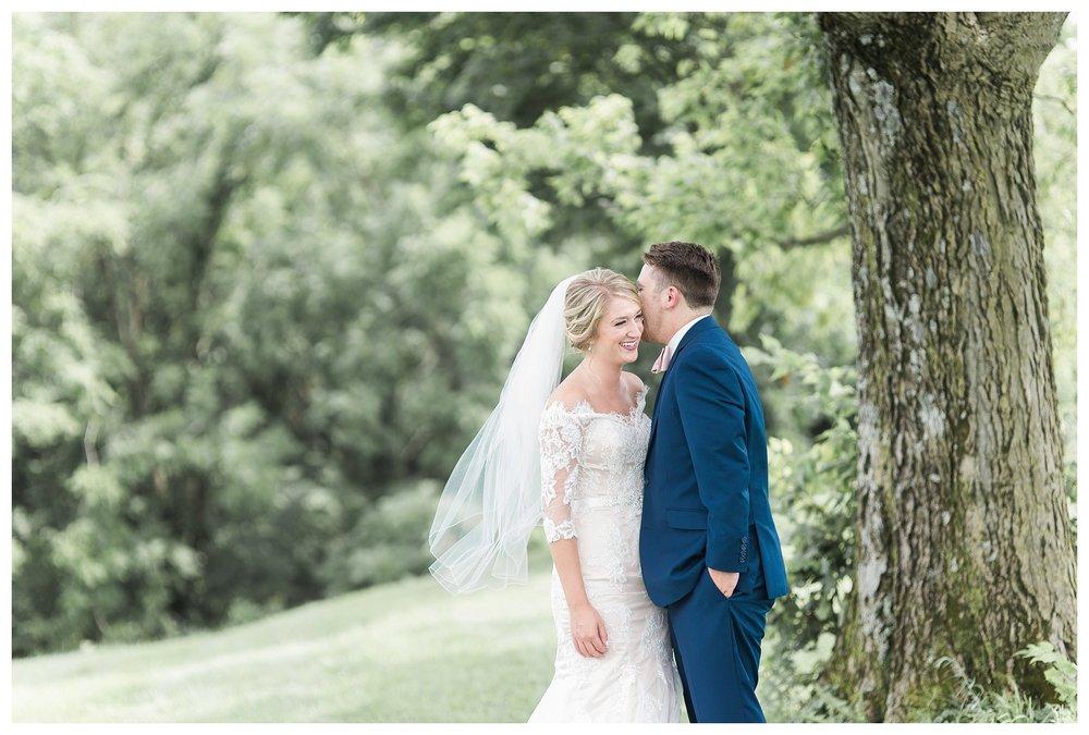tower-park-mess-hall-everleigh-photography-northern-kentucky-wedding-photographer-35