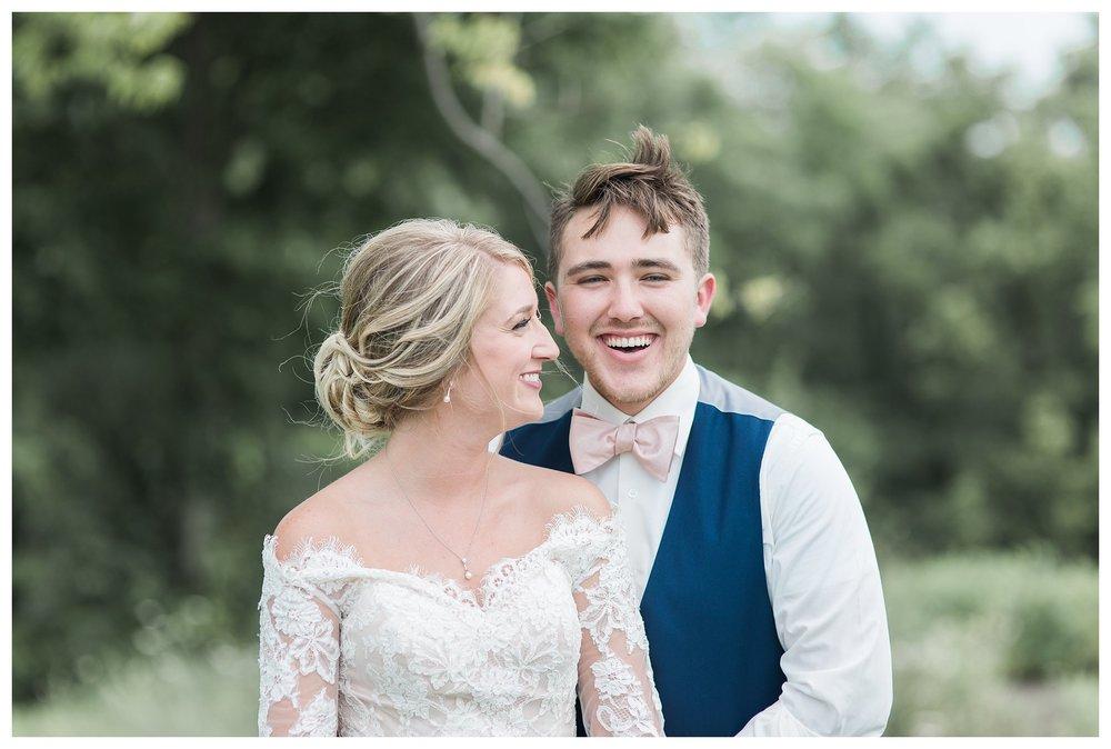 tower-park-mess-hall-everleigh-photography-northern-kentucky-wedding-photographer-26