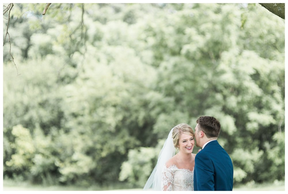 tower-park-mess-hall-everleigh-photography-northern-kentucky-wedding-photographer-28