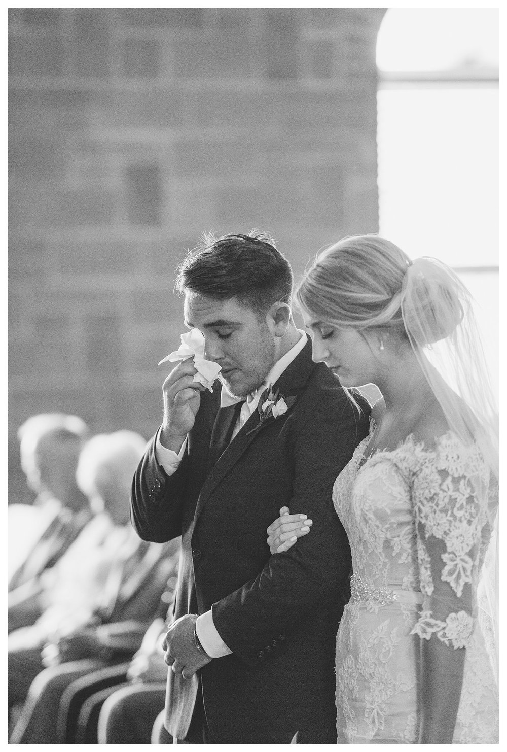 tower-park-mess-hall-everleigh-photography-northern-kentucky-wedding-photographer-67