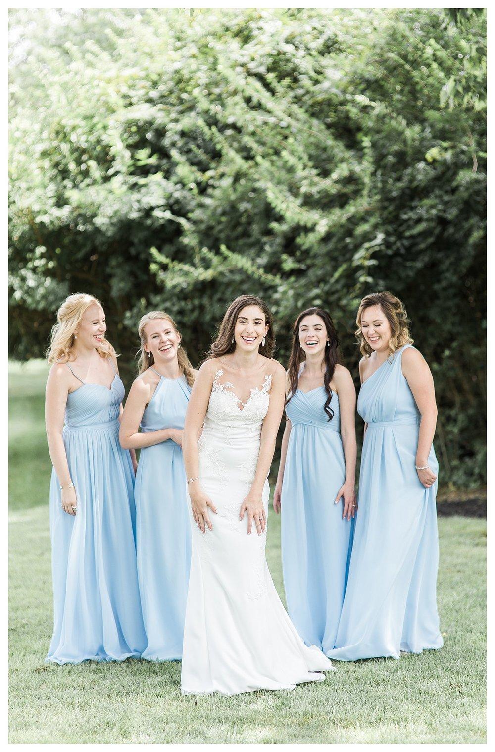 everleigh-photography-cincinnati-wedding-photographer-the-backstage-event-center-adamandlauren-21