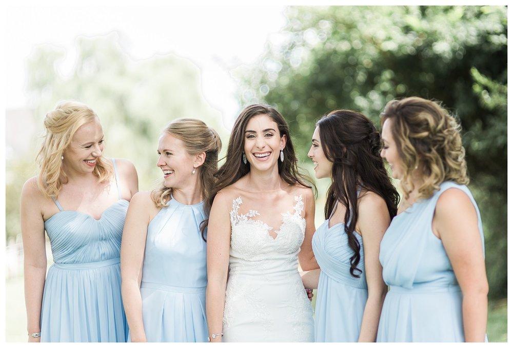 everleigh-photography-cincinnati-wedding-photographer-the-backstage-event-center-adamandlauren-20