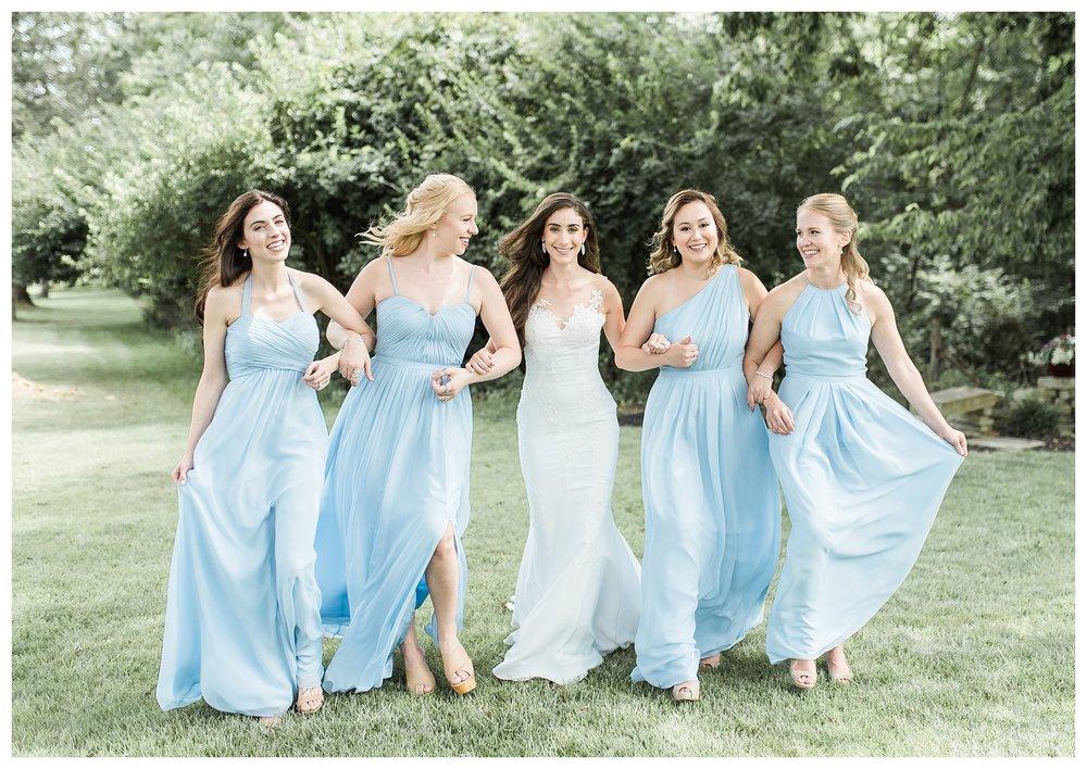 everleigh-photography-cincinnati-wedding-photographer-the-backstage-event-center-adamandlauren-22