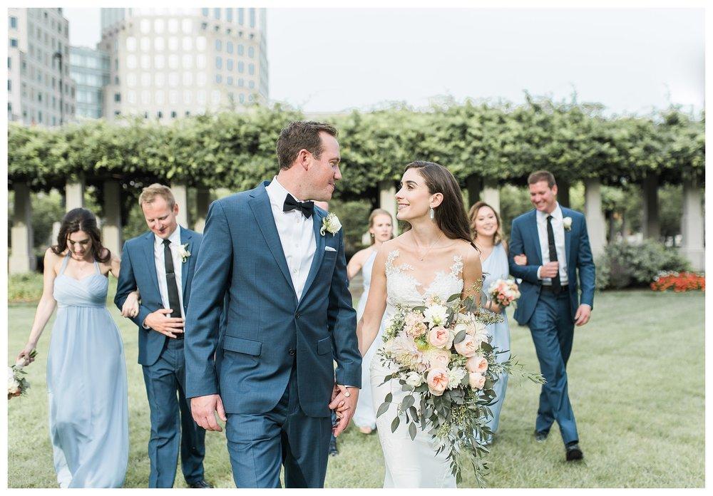 everleigh-photography-cincinnati-wedding-photographer-the-backstage-event-center-adamandlauren-44