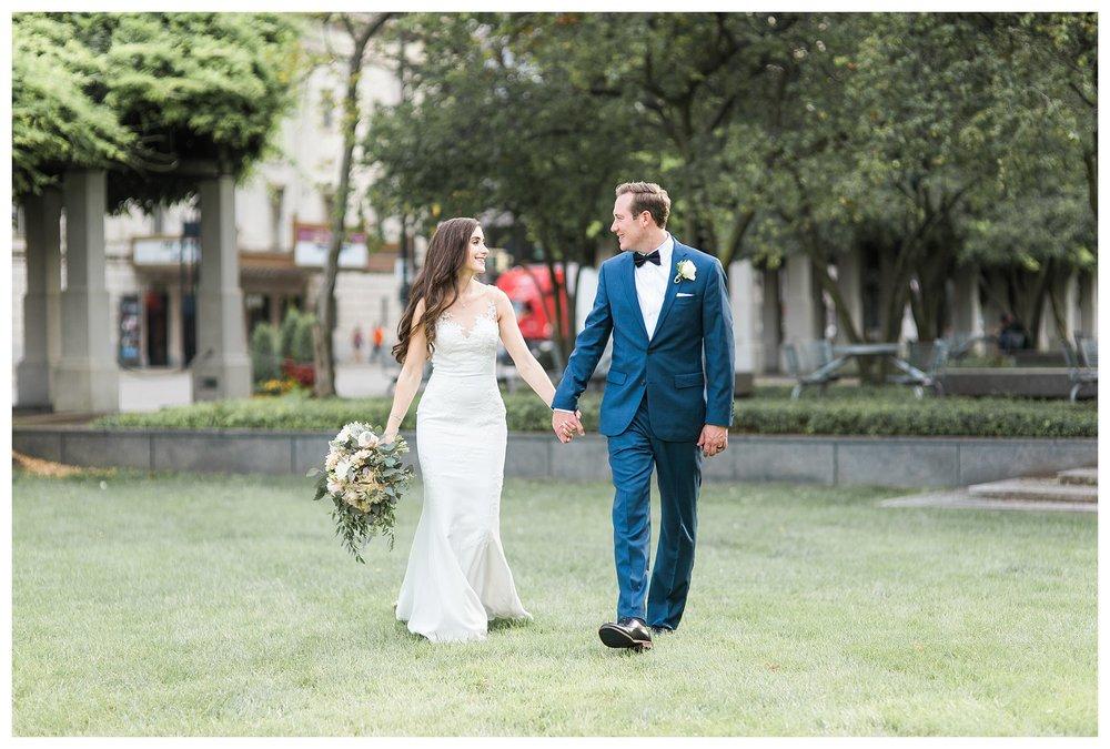 everleigh-photography-cincinnati-wedding-photographer-the-backstage-event-center-adamandlauren-56