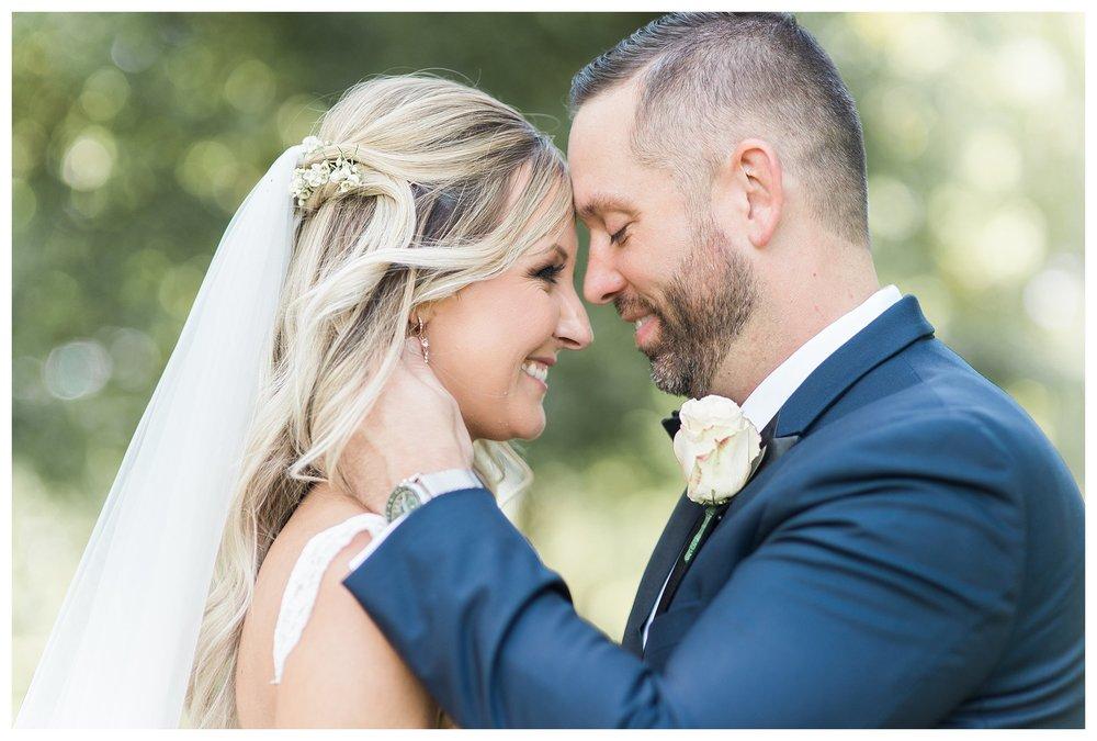 rhinegeist-wedding-everleigh-photography-cincinnati-wedding-photographer-the-singhoff-wedding-25