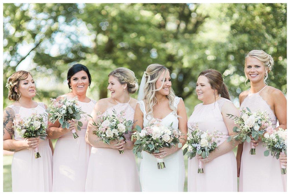 rhinegeist-wedding-everleigh-photography-cincinnati-wedding-photographer-the-singhoff-wedding-37