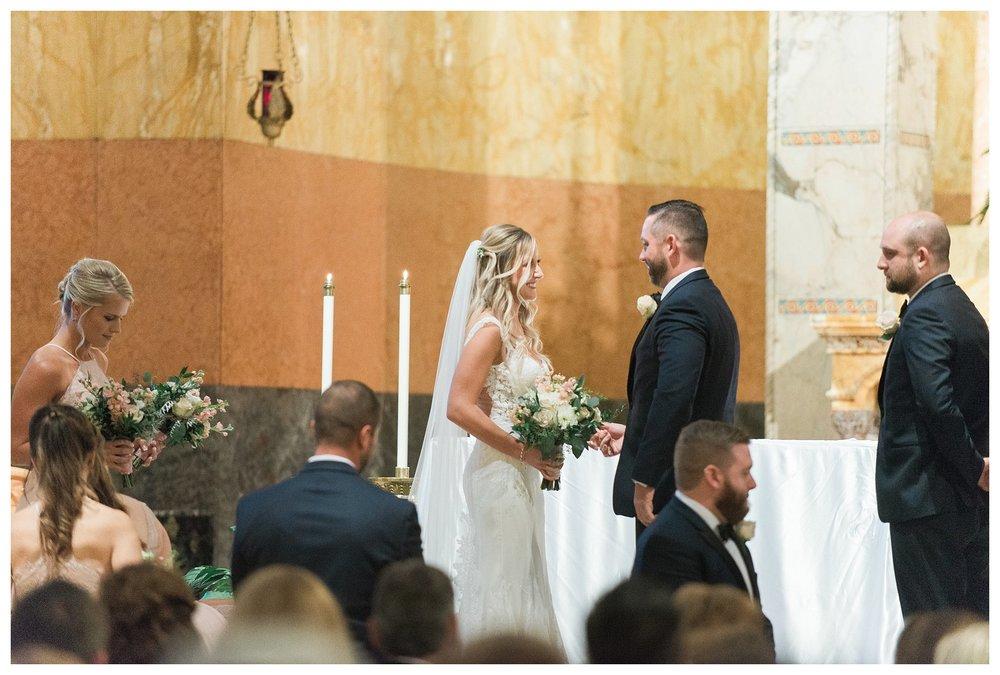 rhinegeist-wedding-everleigh-photography-cincinnati-wedding-photographer-the-singhoff-wedding-44