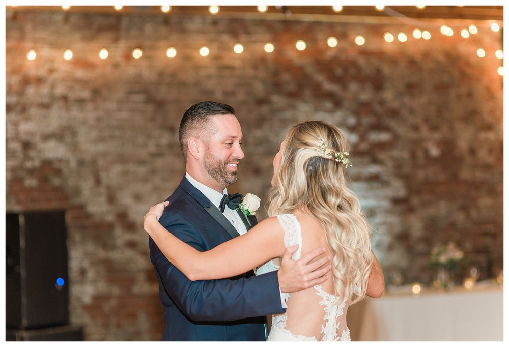 rhinegeist-wedding-everleigh-photography-cincinnati-wedding-photographer-the-singhoff-wedding-59