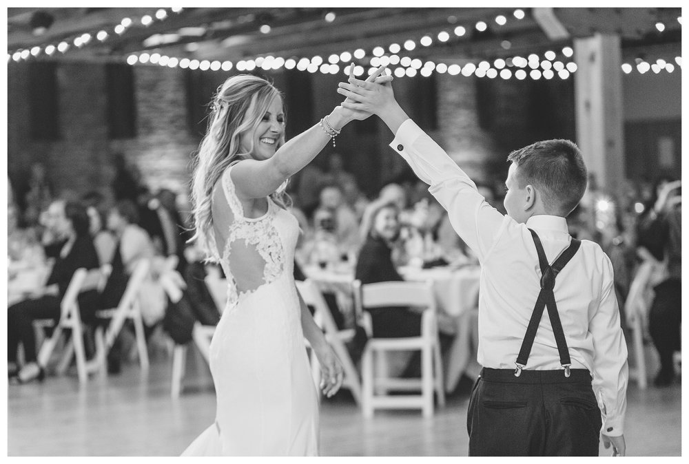 rhinegeist-wedding-everleigh-photography-cincinnati-wedding-photographer-the-singhoff-wedding-65