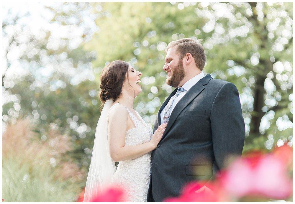 everleigh-photography-pyramid-hill-sculpture-park-cincinnati-wedding-photographer-the-faller-wedding-16