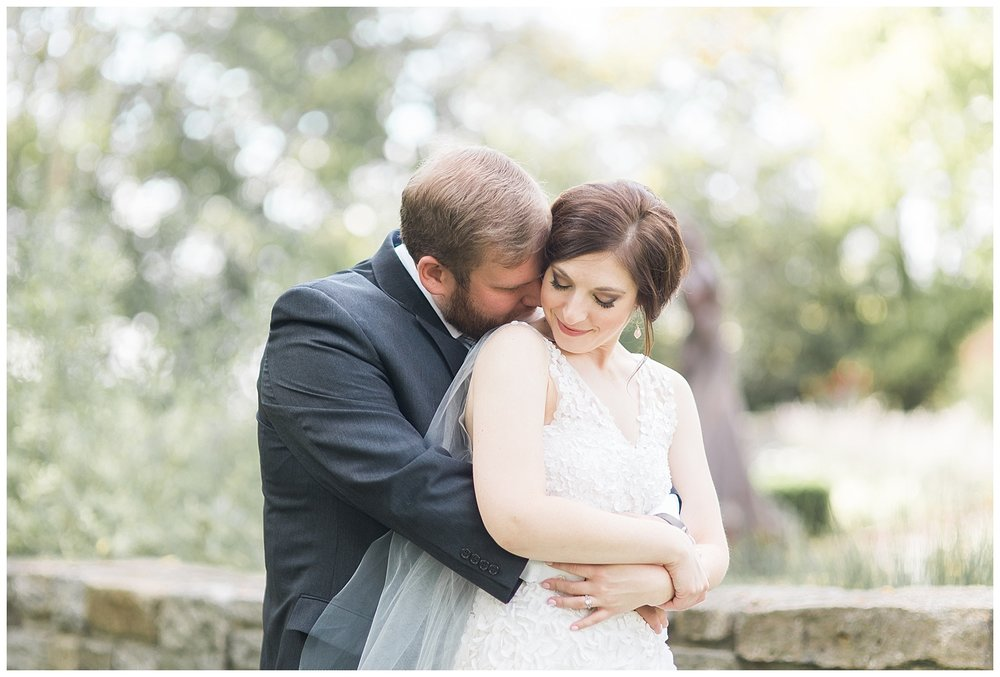 everleigh-photography-pyramid-hill-sculpture-park-cincinnati-wedding-photographer-the-faller-wedding-23