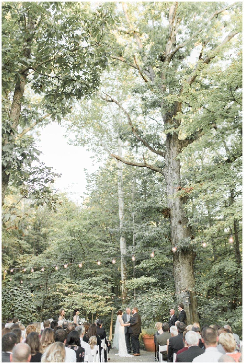 everleigh-photography-pyramid-hill-sculpture-park-cincinnati-wedding-photographer-the-faller-wedding-38