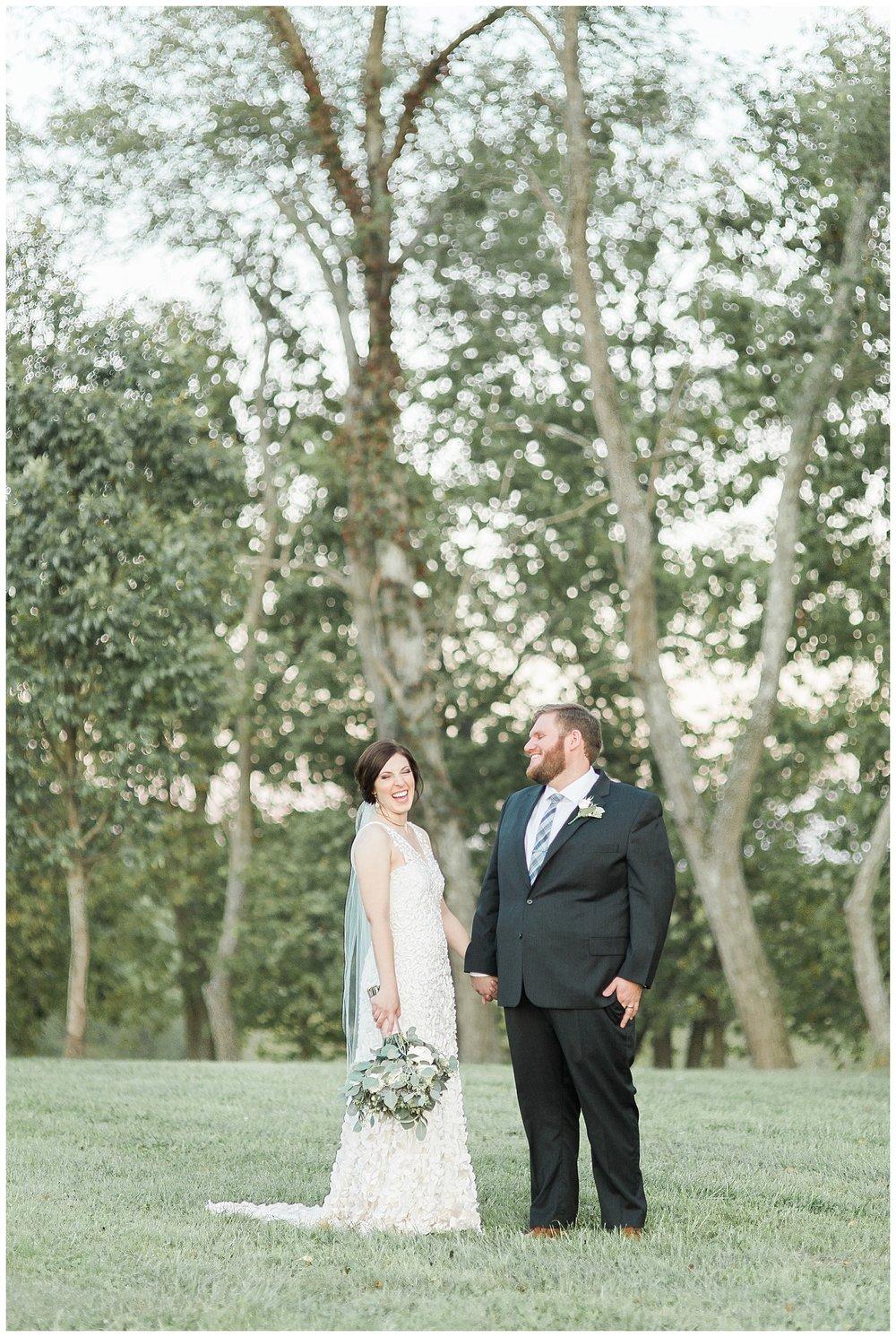 everleigh-photography-pyramid-hill-sculpture-park-cincinnati-wedding-photographer-the-faller-wedding-48
