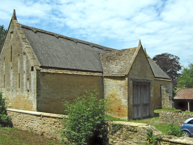 """The old barn, Stoke sub Hamdon Priory - geograph.org.uk - 1380654"" by Ken Grainger. Licensed under CC BY-SA 2.0 via Wikimedia Commons"