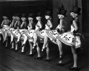 ladiesdancing1.jpg