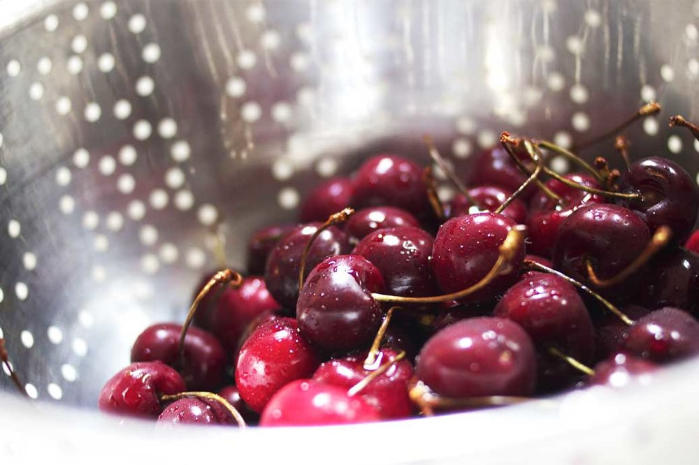 Washington-grown Sweetheart cherries