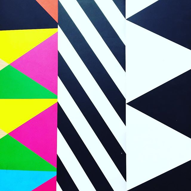 More POW by @moragmyerscough ✌🏽🌈💛 . . #design #moragmyerscough #art #streetart #battersea #london #colour #power #feelgood #fun #powerful #colourful #color #colourful #designer #style #inspiration #designspiration #wishididthat #shape #geometric #graphicdesign #triangles #stripes #3d