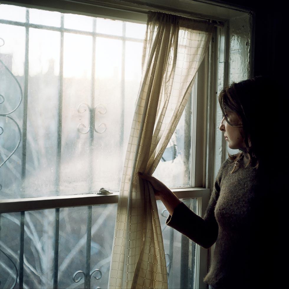 girl-curtain-7.jpg