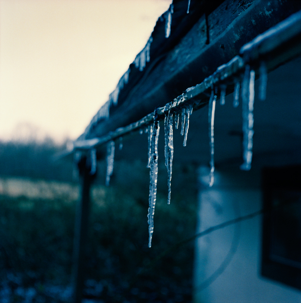 46463-08Icicles_f-ipad.jpg