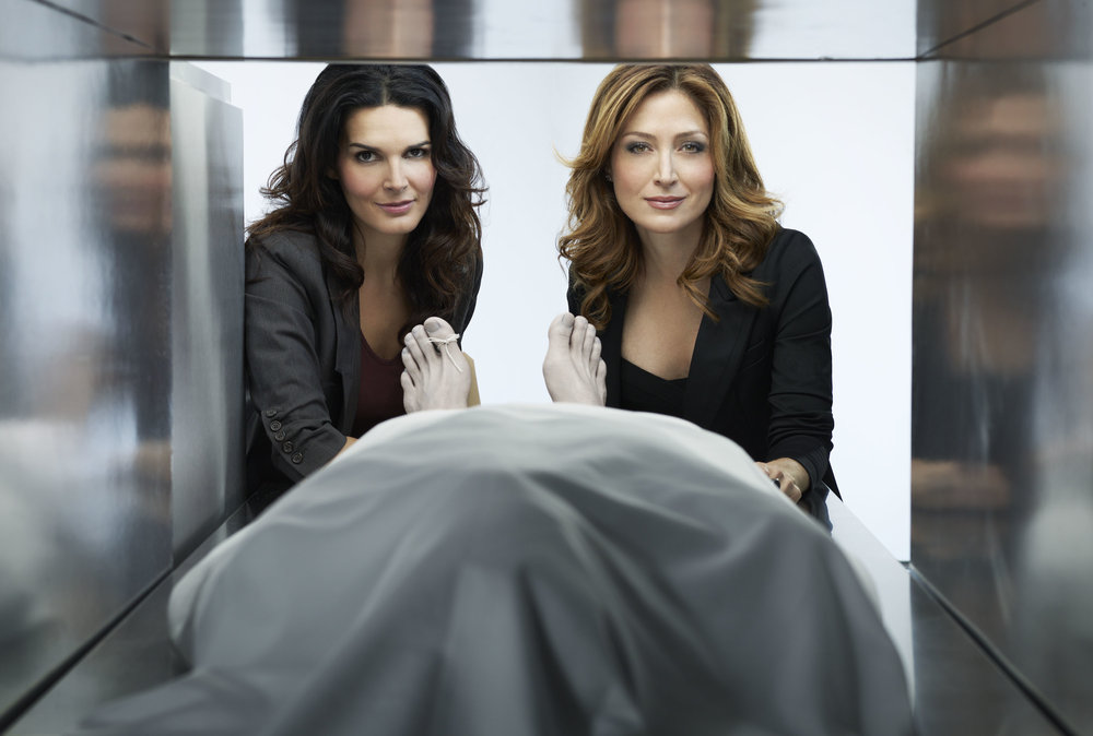 Rizzoli_and_Isles_S1_004.jpg