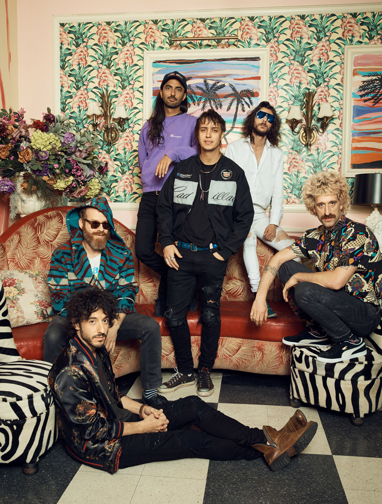 2018_01_31_Billboard_TheVoidz_Group2_0043-5_CROP_WEB.jpg