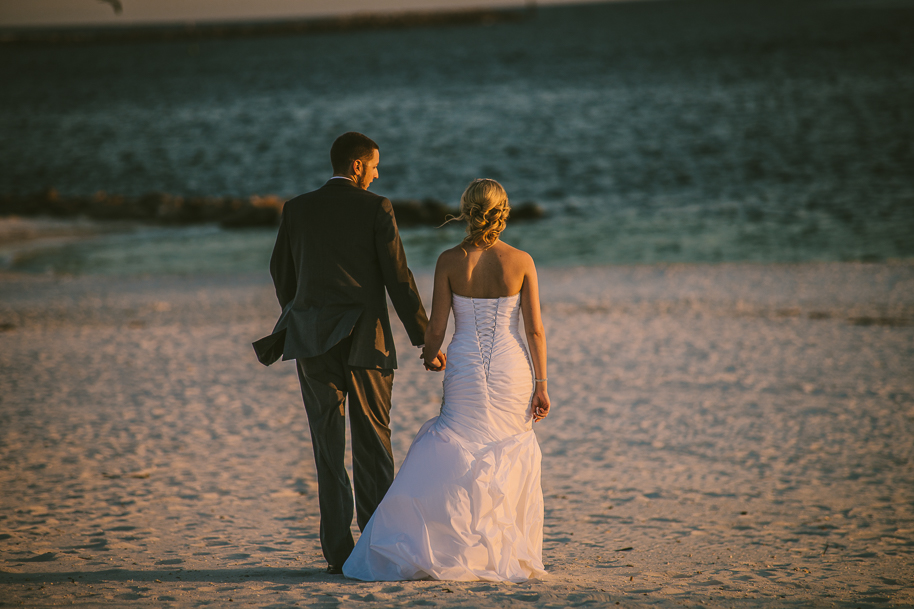 Destin wedding photographer beach wedding