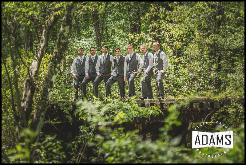 THE GROOMSMEN WERE SO MUCH FUN FOR ALLEN TO PHOTOGRAPH.