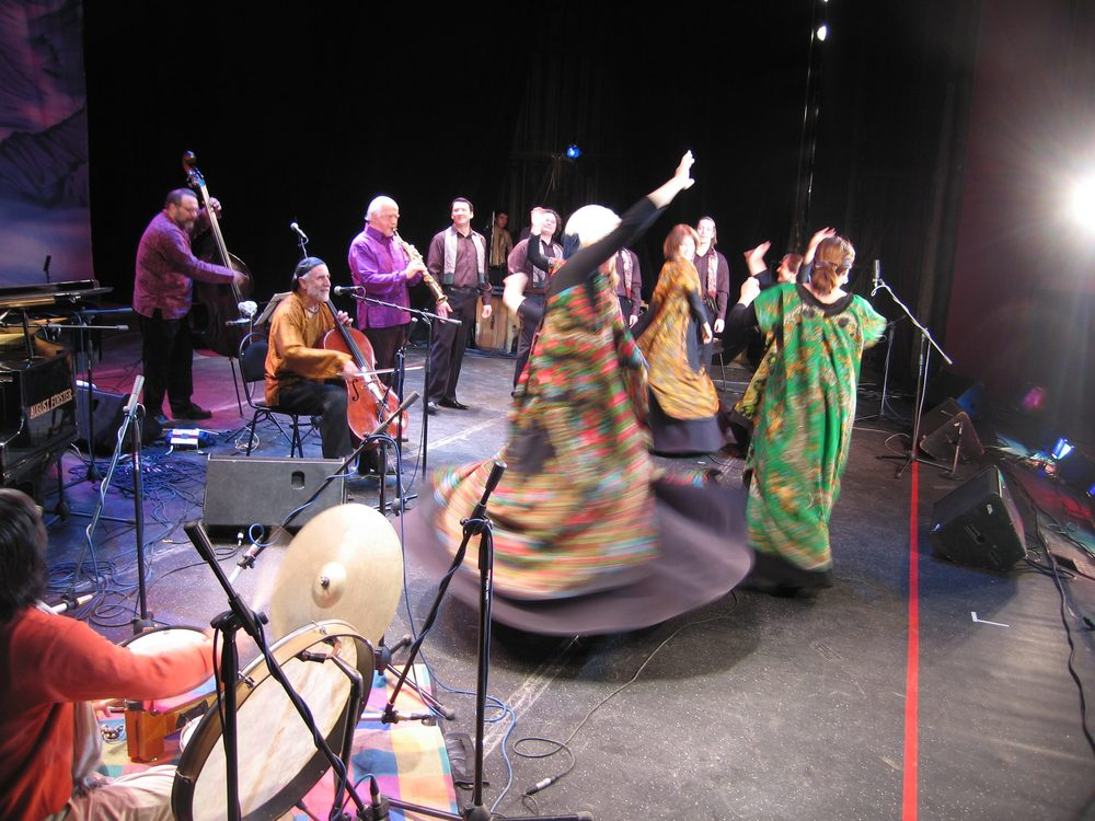 Paul Winter Consort and the Dimitri Prokrovksy Ensemble in performance, Russian tour 2008.