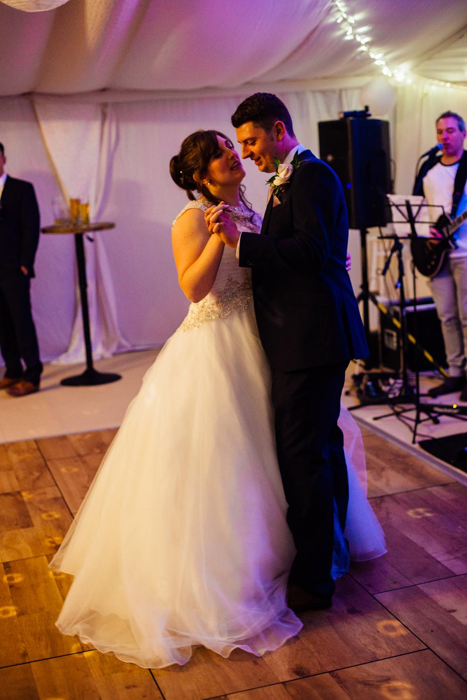 wetworth church, 3 acres wedding photography (35).jpg