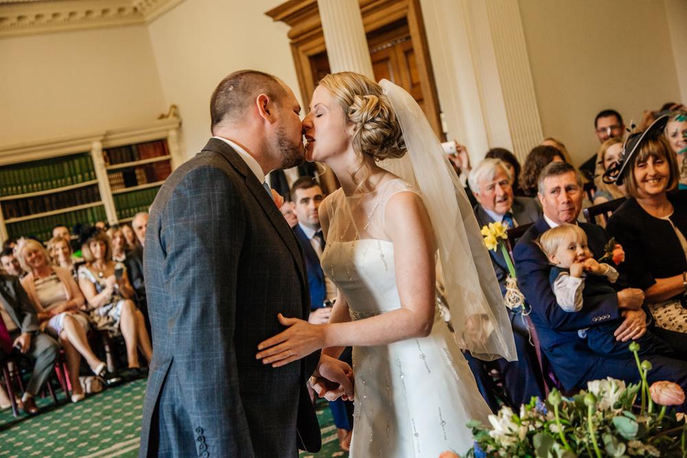award winning sheffield wedding photographers (40).jpg