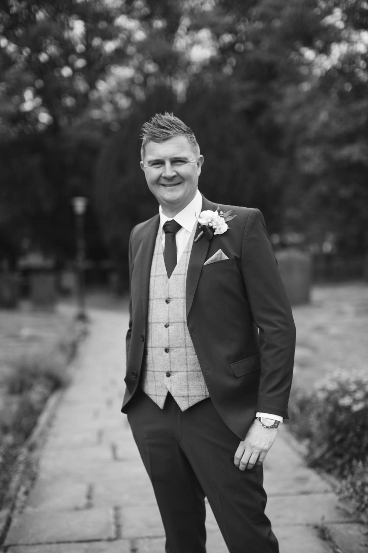 best yorkshire wedding photographers, wortley hall-19.jpg