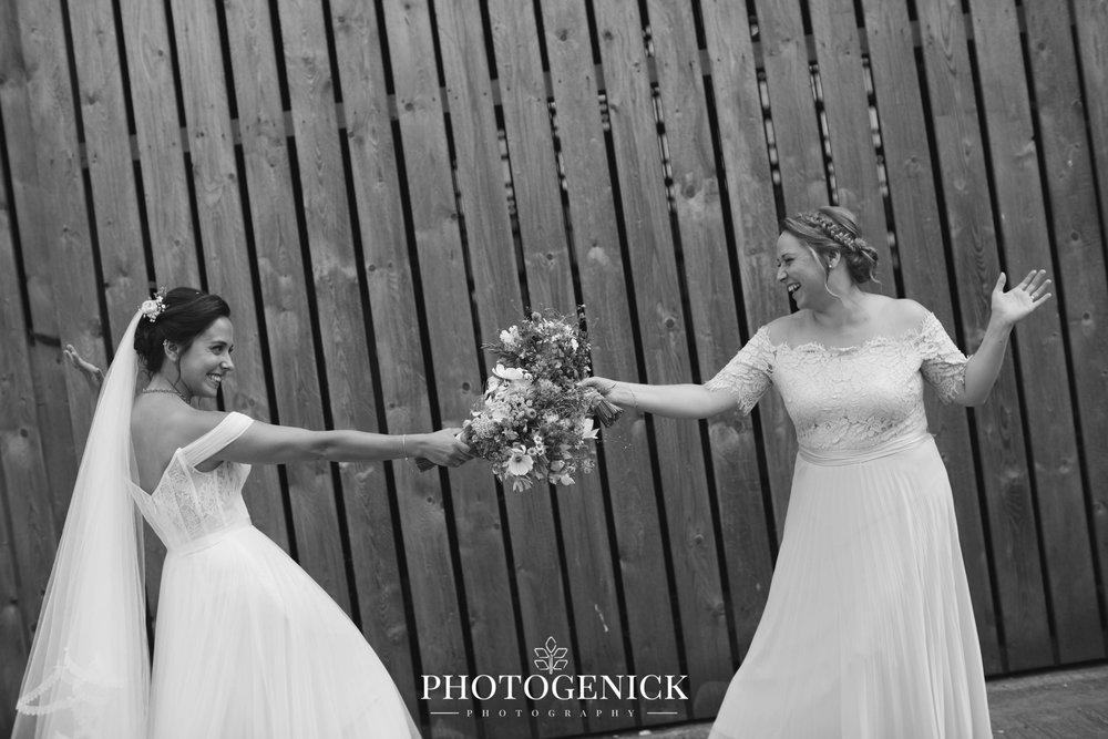 oldwalls gower wedding photographers-33.jpg