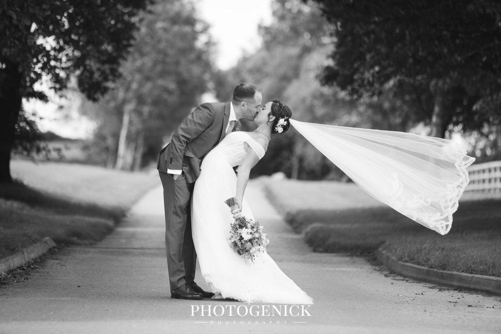 oldwalls gower wedding photographers-43.jpg