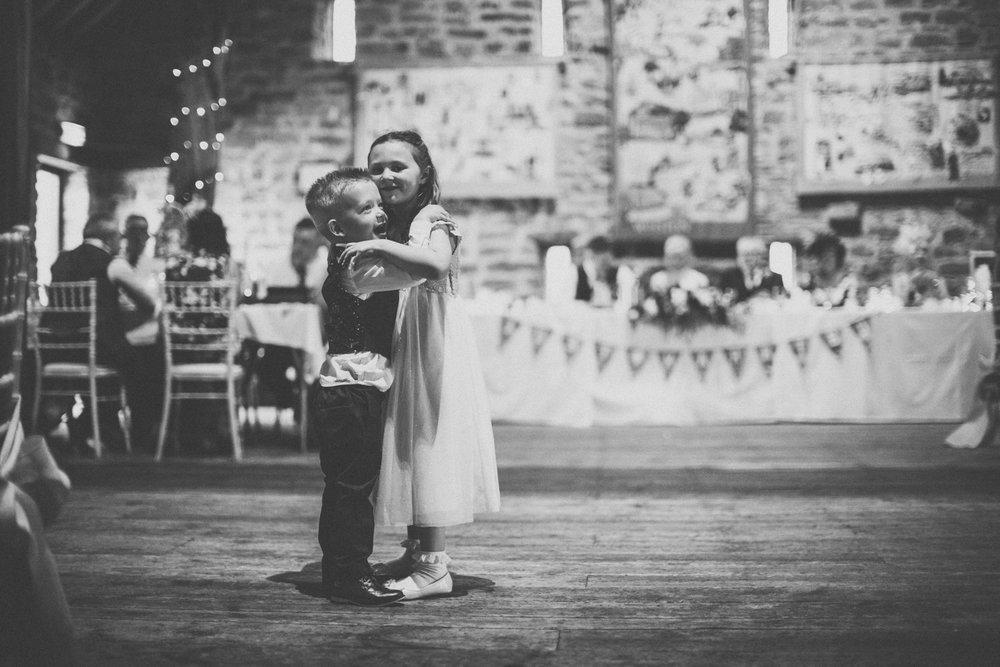 rotherham manorial barn wedding photographers17.jpg