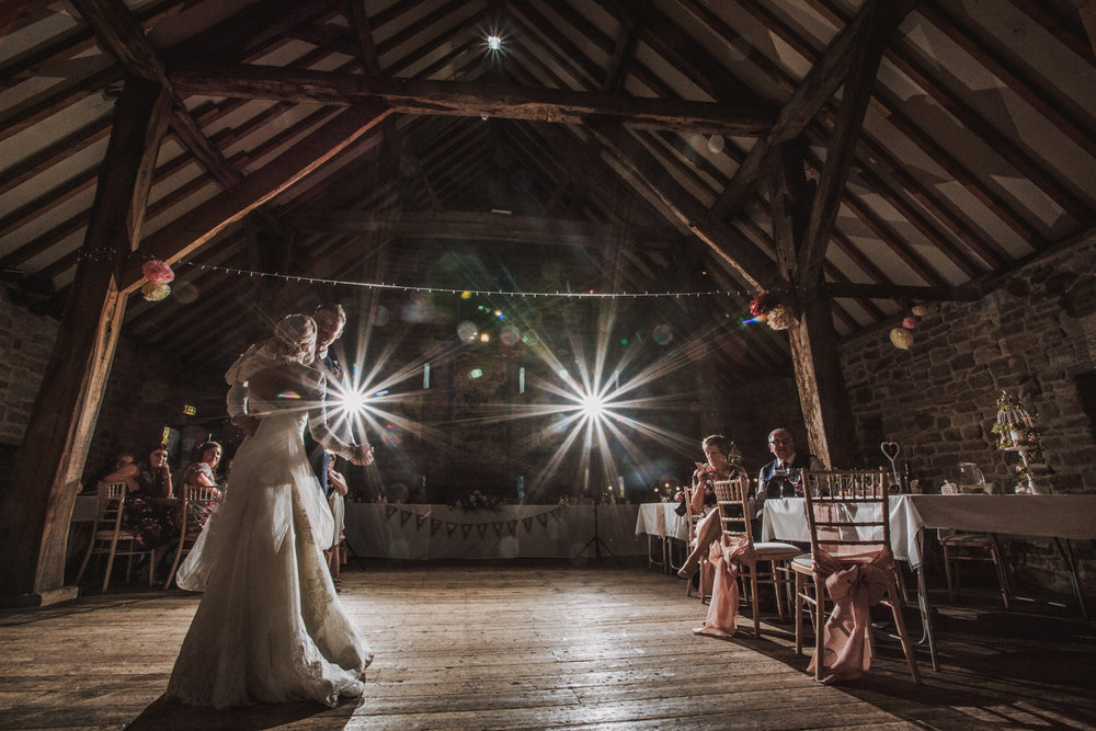 rotherham manorial barn wedding photographers22.jpg