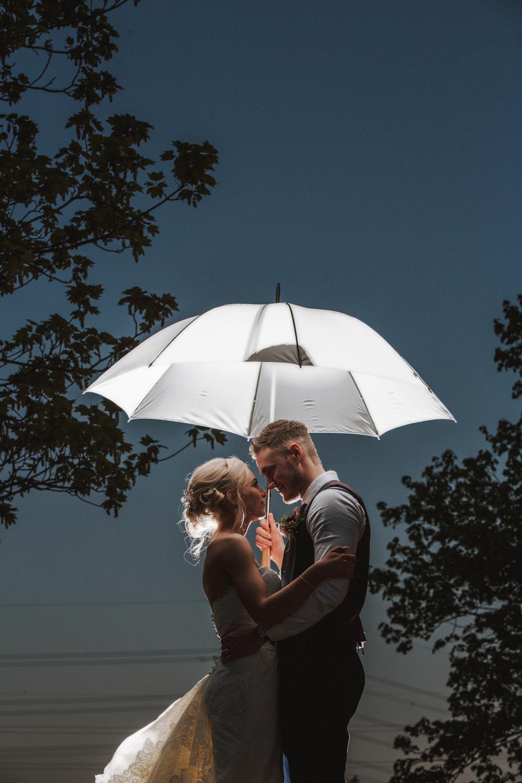 rotherham manorial barn wedding photographers23.jpg