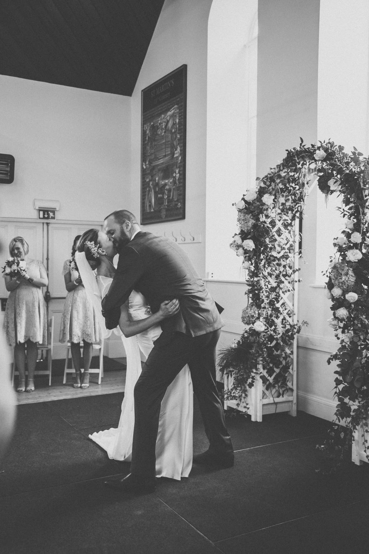 wedding photographers in guernsey52.jpg