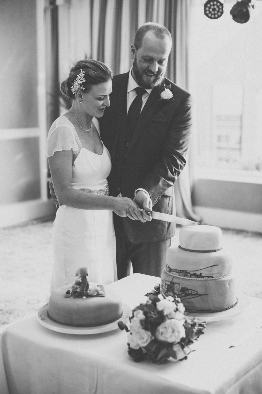 wedding photographers in guernsey96.jpg