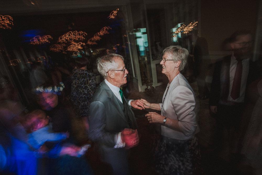 wedding photographers in guernsey102.jpg